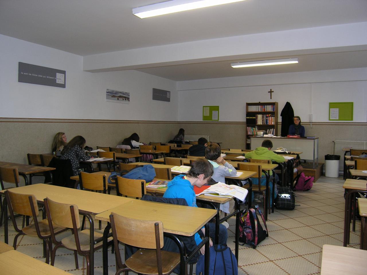 Salle d'étude au collège du Sacré-coeur
